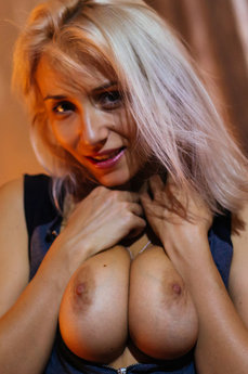 The Life Erotic Model Isabella D